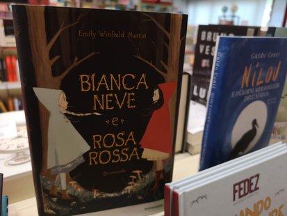Biancaneve e Rosarossa id_98